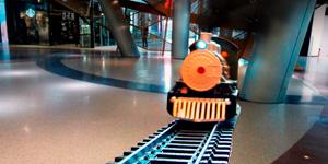 Железная дорога и паровоз.  Новые игрушки для мальчиков.